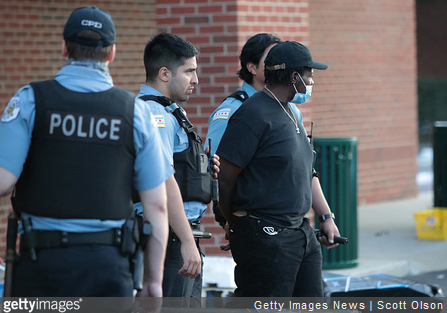 Chicago's Police Superintendent, Mayor Slam Prosecutor for Soft Treatment of Looters