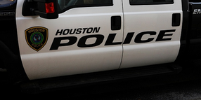 Houston Chief Invites Defunded Officers to Join His Department