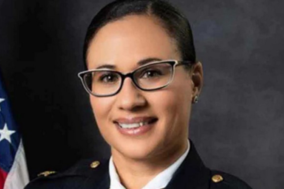 VA Chief Fired After Charges Against State Senator Dropped in Vandalism of Confederate Statue