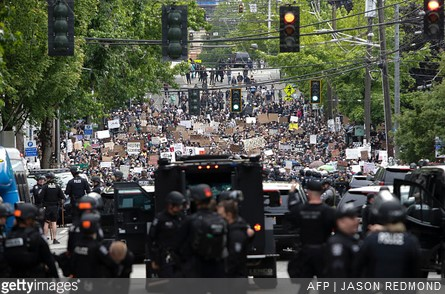 Judge Holds Seattle Police in Contempt Over Use of Less-Lethal Weapons at Protests