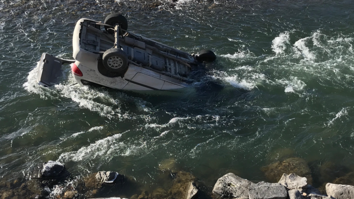 Montana Highway Patrol Trooper Conor Wager rescued a woman from this car, which was in the Yellowstone River. (Photo: Montana Highway Patrol/Facebook) -