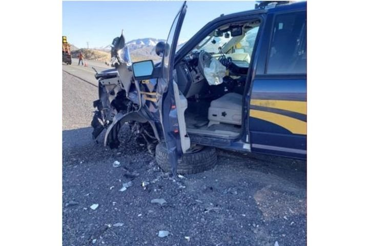 An Oregon State Police trooper responded to a wrong-way driver Friday, resulting in a head-on crash. (Photo: OSP) -