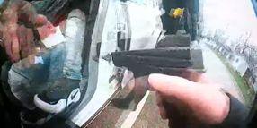 MN Chief Says Officer Drew Gun Instead of Taser in Fatal Traffic Stop Shooting