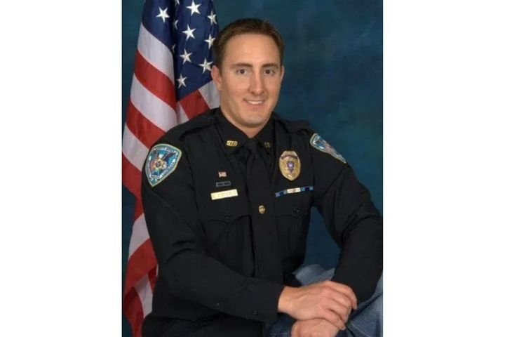 Jefferson Parish Detective Stephen C. Arnold died Sunday from wounds he suffered in 2016. (Photo: JPSO) -