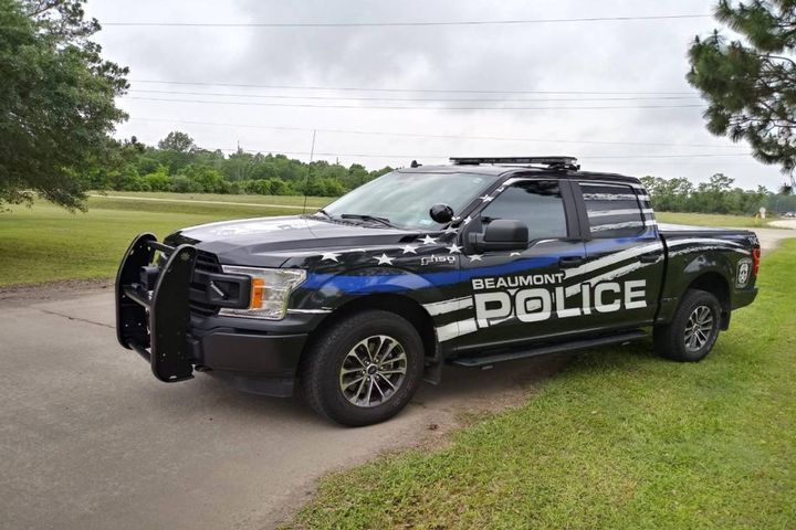 The Beaumont Police Department has decked out its vehicles to draw the eyes of civilians who want to become officers but might not know where to start. (Photo: Beaumont PD) -