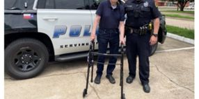 Dallas Officers Take 97-Year-Old WWII Veteran on Ride-Along