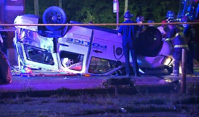 Two St. Louis officers were injured in a crash Wednesday night. (Photo: KMOV Screen Shot) -