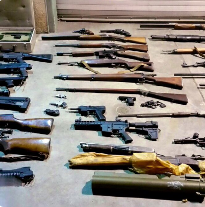 Los Angeles officers seized these weapons and explosives from a suspect's home. (Photo: LAPD/Twitter)