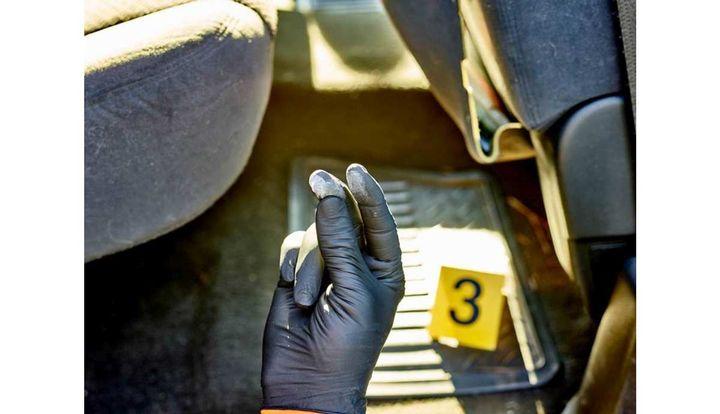Halyard HealthHalyard Black-Fire Nitrile Exam Gloves  - Photo:Halyard Health