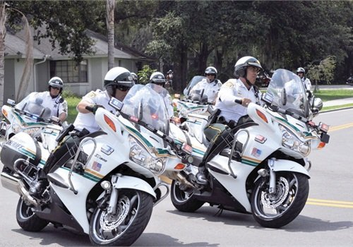 The dynamic mission of a motor unit requires leaders and followers to change roles often. Photo: Traci Dean