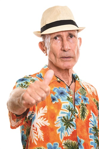 Veteran LEOs tend to wear Hawaiian shirts or sometimes bowling shirts. (Photo: Getty Images)