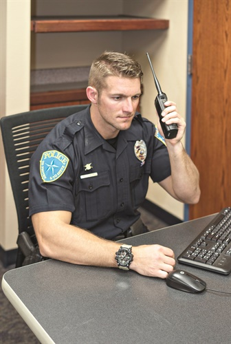 With current comms capabilities, police and other emergency users say they are reluctant to set land mobile radio systems aside. (Photo: Franklin Rau)