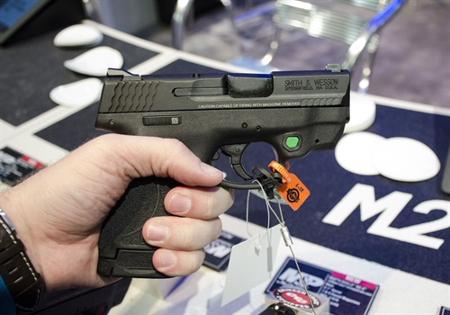 Smith & Wesson showed its new compact pistol the M&P Shield M2.0. (Photo: Michael Hamann)