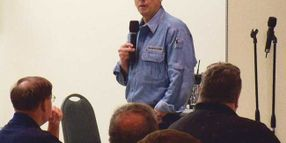 TREXPO East 2009: Grossman Wows Crowd with Two-Part Keynote