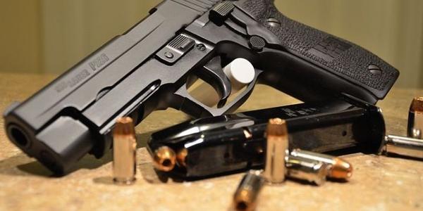 SIG Sauer's P226. Photo: Wikimedia.