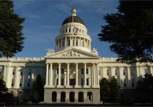 The California State Capitol in Sacramento. CC_Flickr: Franco Folini