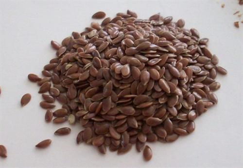 Brown flaxseeds. Photo: AlishaV