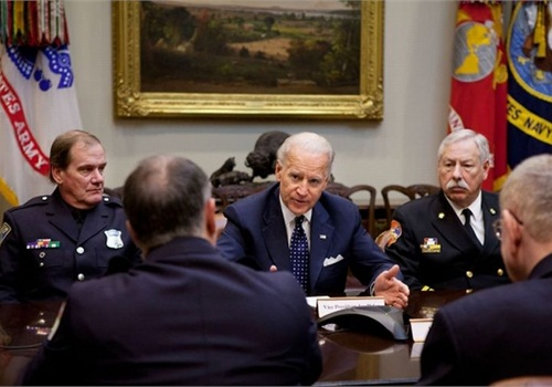 Vice President Joe Biden meets with police and fire responders about the public safety broadband network. Photo: White House