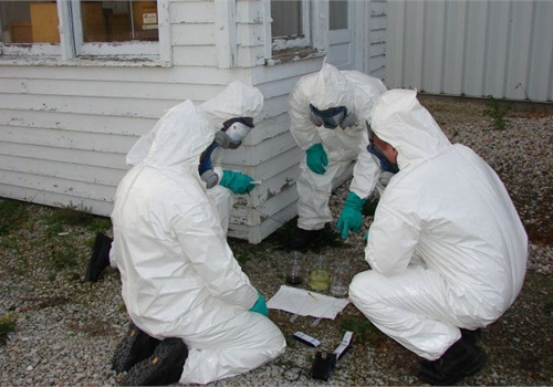 Indiana MSS troopers test chemicals found at a crime scene. Photo courtesy of ISP.