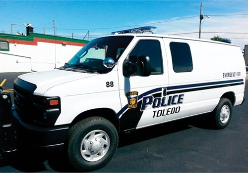Using A Ford E Series Van For Prisoner Transport Vehicles Police