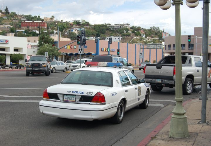 Nogales PD: On the Front Lines of the Drug War