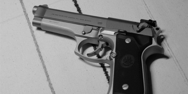 Photo of Beretta 92F courtesy of Wikimedia.