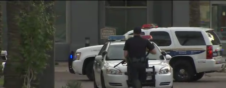 Officer Injured in Shootout at Phoenix Apartment Complex