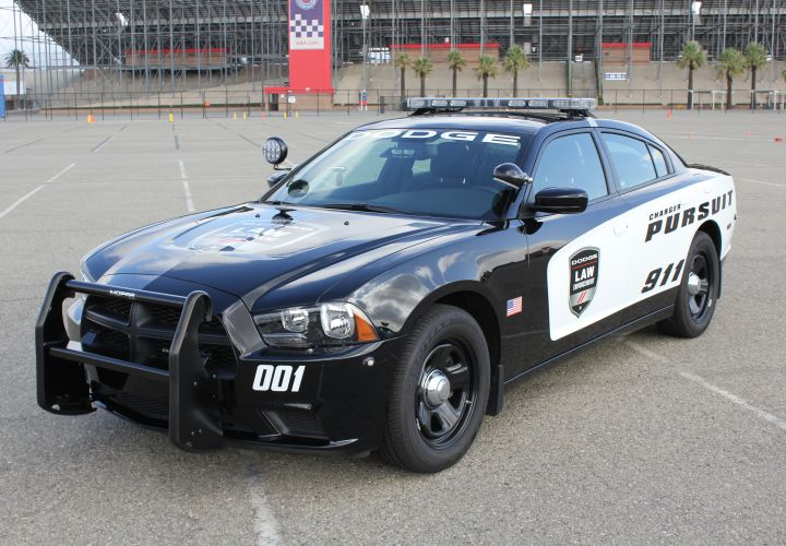 Chrysler Introduces AWD Police Charger for 2014