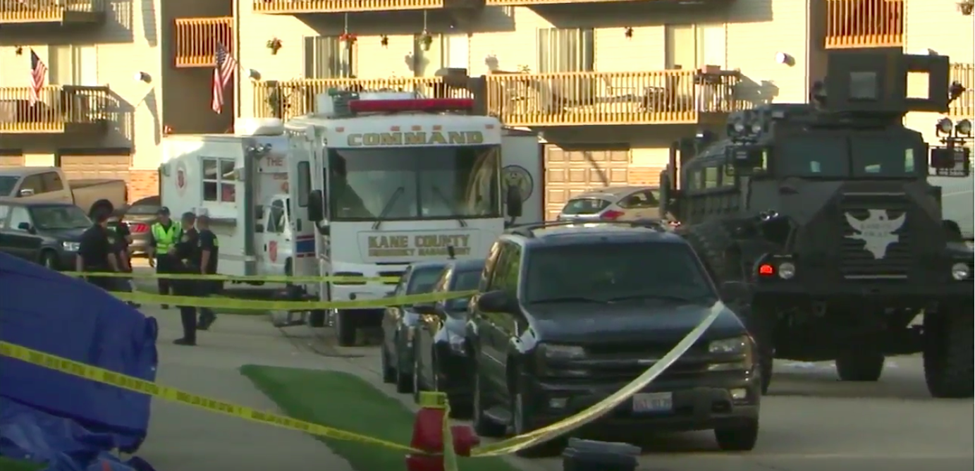 3 Illinois Officers Wounded, Suspect Killed in Standoff