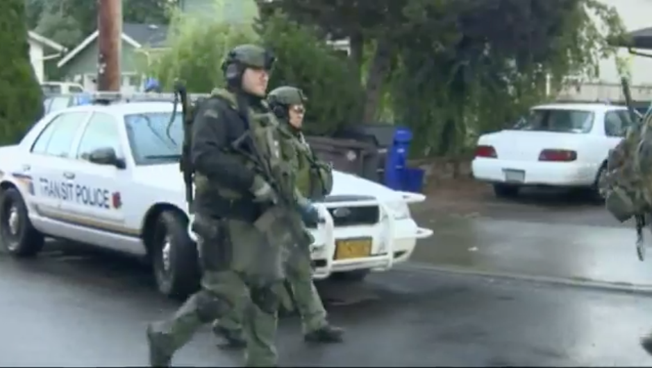 Video: Oregon Officer Saved by Vest, Gunman Wounded in Hostage Standoff