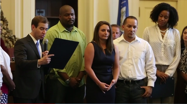 3 Honored for Assisting Connecticut Officer After Stabbing