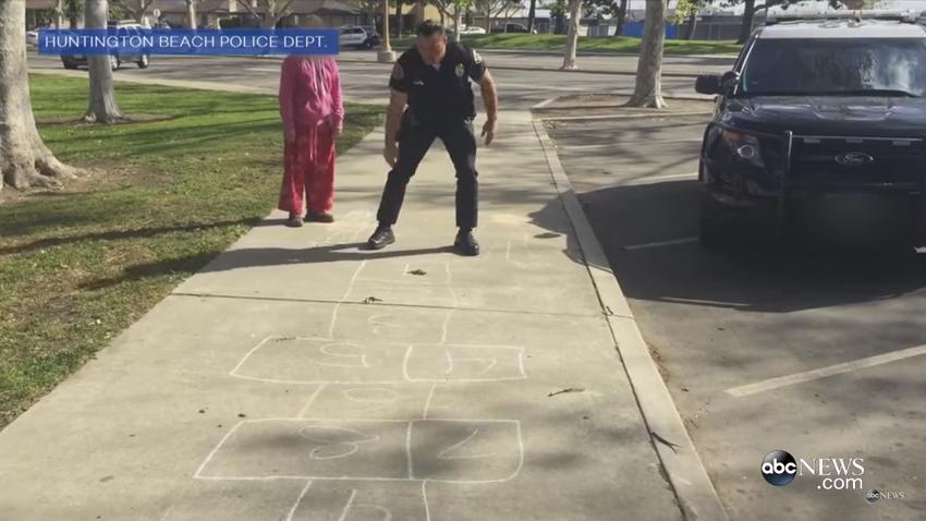 Video: California Officer Teaches Hopscotch to Homeless Girl