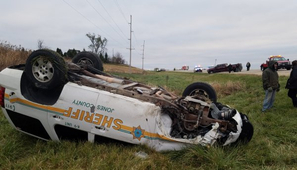 Iowa Deputy and K-9 Involved in Car Crash