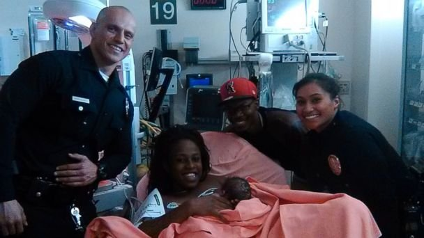 LAPD Officers Escort Mother who Had Baby in Car to Hospital