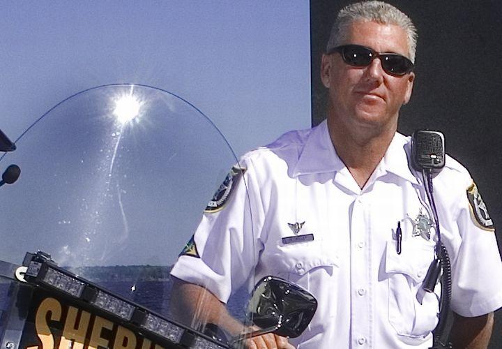 Fla. Motor Cop Killed In Crash