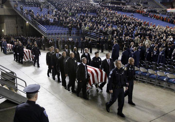 Lakewood Memorial Honors Fallen Heroes - Patrol - POLICE