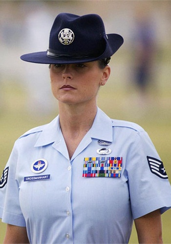 Michelle Manhart (Photo: Master Sgt. Ken Wright/U.S. Air Force)