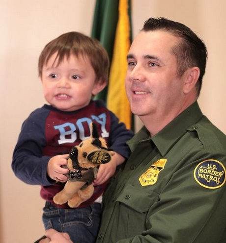 Border Patrol Agent Jed Eckler saved a toddler's life with CPR.