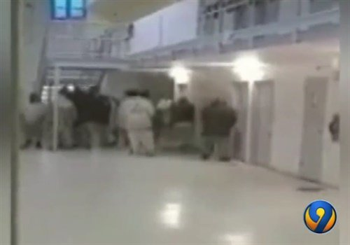 An inmate took cellphone video of the prison riot. (Photo: WSOC-TV screenshot)