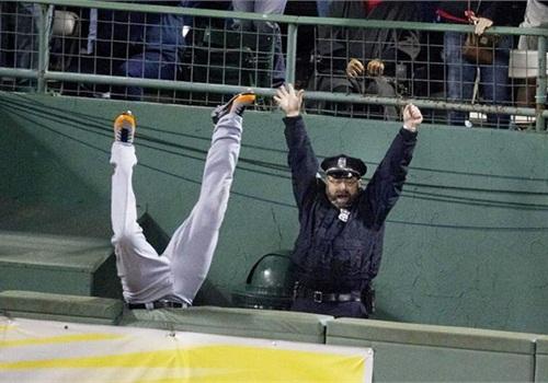 Photo via Boston Globe.