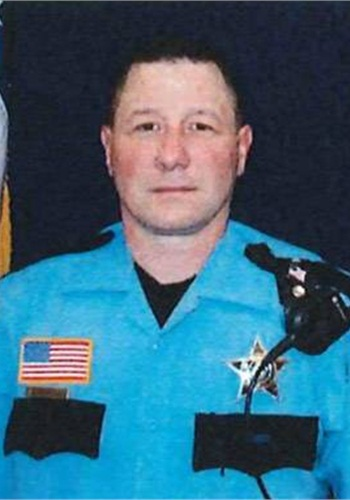 McHenry County, Ill., sheriff's deputyDwight Maness died Monday from wounds he sustained 11 months ago. (Photo: McHenry County Sheriff)