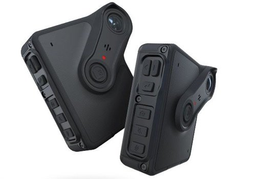 The newly designed BWX-100 body camera integrates with L3 in-car systems, each triggering the other when recording begins. Photo: L3 Mobile-Vision