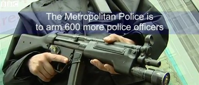 Authorised Firearms Officer (AFO) in London. (Photo: BBC screen shot)