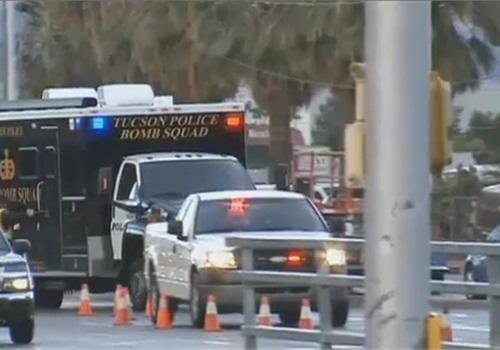 Tucson's bomb squad responds to the scene. (Photo: KVOA TV screen shot)