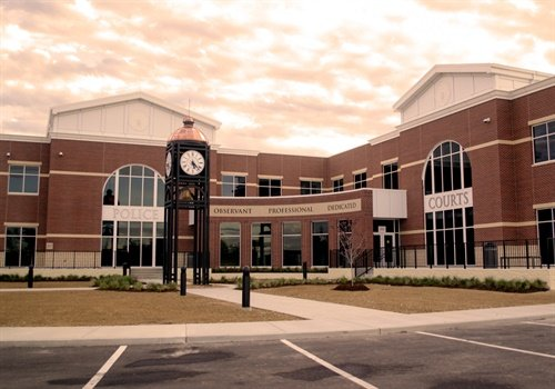 The new City of O'Fallon Justice Center includes the O'Fallon Police Department and Municipal Courts. (Photo: McCarthy Building Companies)