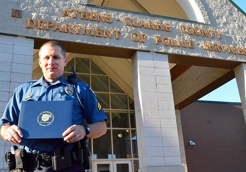 Senior Police Officer Daniel Whitney is the November 2016 NLEOMF Officer of the Month (Photo: NLEOMF)