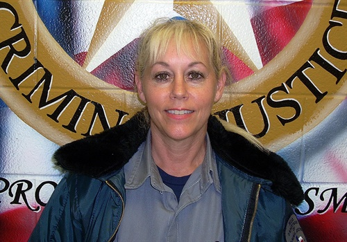 Corrections Officer Mari Johnson (Photo: Texas Department of Criminal Justice)