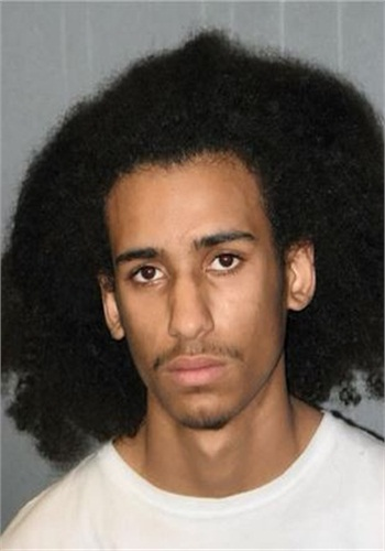 Isaiah Mothershed faces charges of attempted murder and five counts of robbery. (Photo: Sioux City PD)