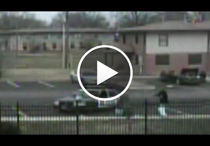Video: Bystanders Ignore Shot Ill. Cop