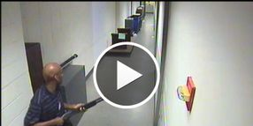 Video: Navy Yard Shooter Wielded Sawed-Off Shotgun